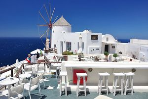 Windmühle & Cafes in Oia